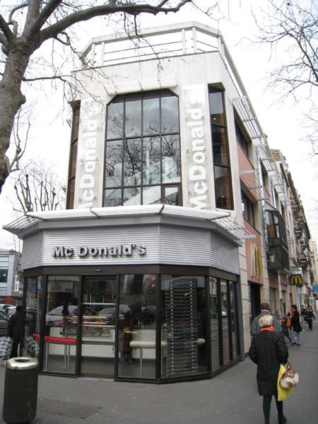 Mc Donald's & Mc Café